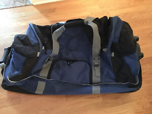 SAMSONITE Travel Bag Wheel Sac Voyage NEW West Island Greater Montréal image 2