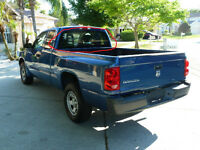 DODGE DAKOTA ** VITRE ARRIERE ** BACK GLASS **