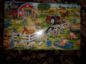 SET OF 4 STURDY FARM PUZZLES IN WOODEN BOX PLUS
