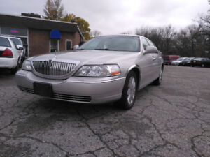2004 Lincoln Town Car Certified $3999