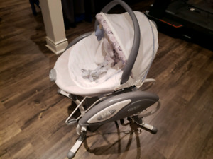 Graco Baby swing with removable bouncer