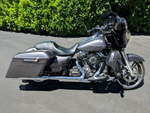 2015 Charcoal Pearl Street Glide Special