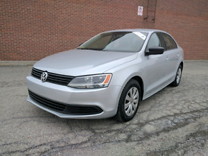 2013 Volkswagen Jetta 5 speed  w/ heated seats