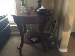 Round coffee table and 2 round end tables