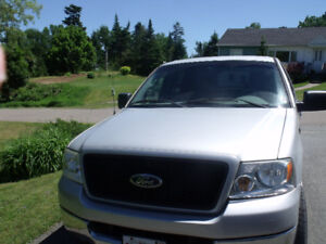 Ford F150 4X4 4door automatic
