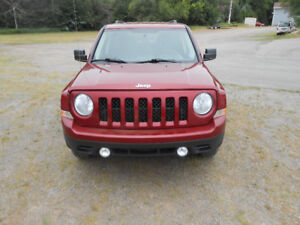 2014 Jeep Patriot trail SUV, Crossover PRICED TO MOVE!!!
