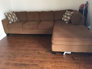 Broadmoore Large Sectional