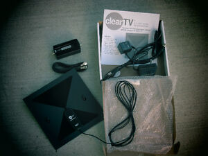 Amplified Antenna for FREE off-the-air HDTV programs FRINGE