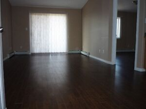 2 bedroom & 2 baths Apartment in Wildrose-Reduced Rent