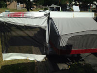 1998 jayco 8 foot box beautiful condition ready to go