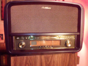 ELECTROHOME AM FM RECORD PLAYER CD