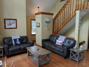Spend Your BEACH DAYS in this Cottage Rental in Grand Bend