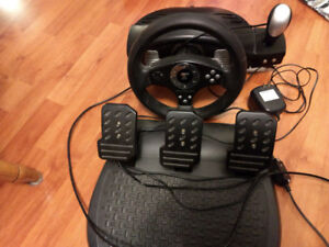 Force Feedback Racing Wheel and Pedals