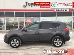 2015 Toyota RAV4 XLE  - One owner - Trade-in - $158.06 B/W