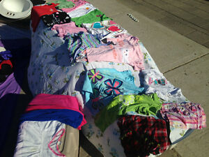Girls clothes size 6-8, great selection