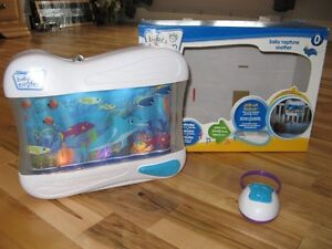 Aquarium musical et lumineux de Baby Einstein - Disney