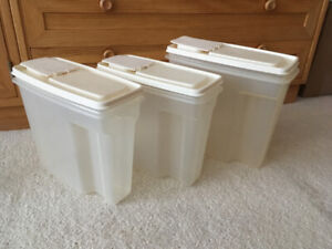 Rubbermaid cereal containers,
