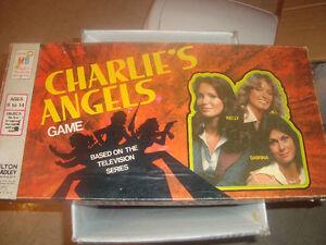 Vintage Charlies Angels Board Game 1977 Milton Bradley NiCE!