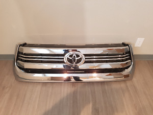 15-17 TOYOTA TUNDRA 1794 GRILLE