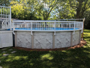 PISCINE A VENDRE - POOL FOR SALE - 24 pieds
