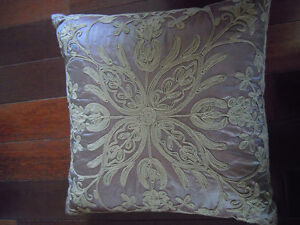Beautiful Throw Pillows- Great Price! Cambridge Kitchener Area image 3