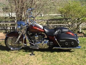 2009 harley road king /cash or trade for side by side