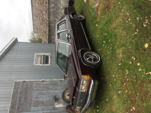 1988 Ltd crownvictoria  $1000 firm this week