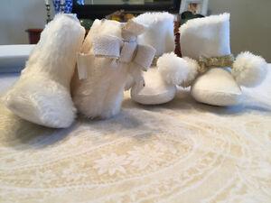 Two sets of cream baby booties Kitchener / Waterloo Kitchener Area image 2
