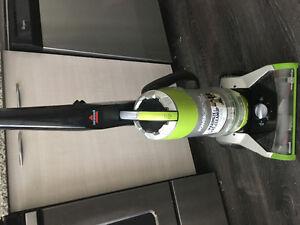 Bissell powergroom rewind pet plus vacuum cleaner