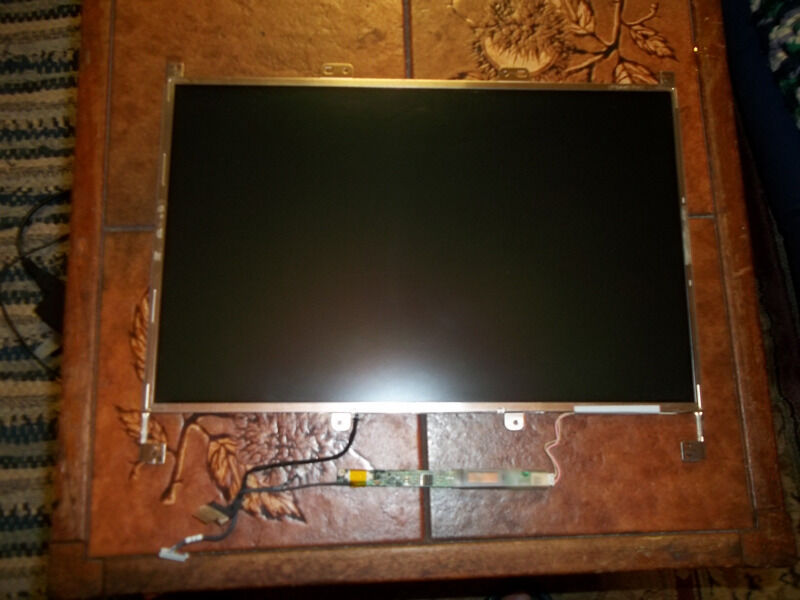 Asus M6BooN Laptop screenin Brighton, East SussexGumtree - Asus M6BooN Laptop screen Serial No is LP154W01 Brand Asus Models M6000N M6B00N M6B00NE..may fit other models Size 15.4 inch BackLight Type LCD Connector 30 pin CCFL Resolution (1280 x 800) Resolution Standard WXGA no missing pixels or scratches