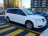 2010 Dodge Grand Caravan SE stow and go Fourgonnette, fourgon
