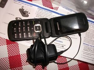 pay-as-you-go samsung flip phone /charger/ bell