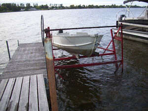 boat lift and docks