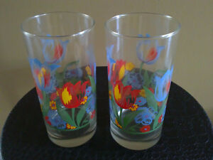 Brand new set of 4 glass tulip floral tumblers drinking glasses London Ontario image 3
