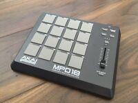 AKAI MPD18 midi pad controller
