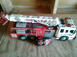 Fire truck rc water shooter