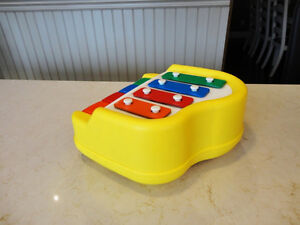 Vintage Little Tikes Xylophone Piano -Works Perfect &Looks Great Kitchener / Waterloo Kitchener Area image 2
