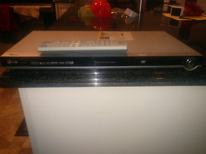 LG dvd player and DVD's