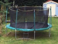 14ft trampoline with net and ladder