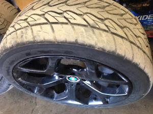 Two (2) Lexani LX-9 275/40/20 tires pneus