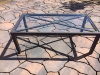 Outdoor glass coffee table