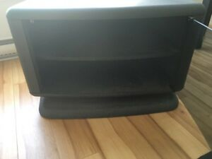 Table tv 15$