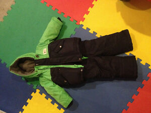 LIKE NEW SIZE 12m SNOW SUIT