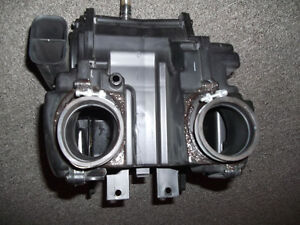 Triumph T100 OEM air box like new! Kitchener / Waterloo Kitchener Area image 5