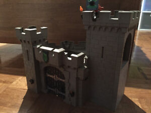 PLAYMOBIL:Forteresse pour chevaliers