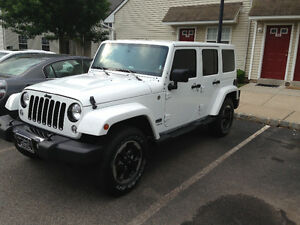 2014 Jeep Wrangler Polor Edition MINT
