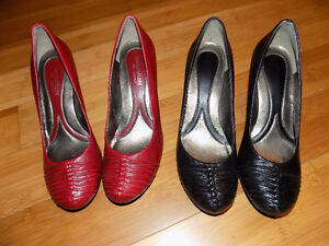 15 Items of Clothing and 2 Pairs of Naturalizer shoes