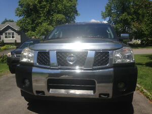 Nissan ARMADA low km black 4x4