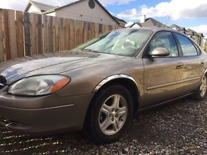 Active status 2002 Ford Taurus Clean with Winter Tires