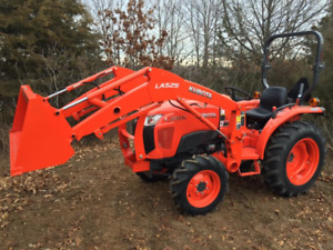 WANTED 25hp or bigger Tractor with loader